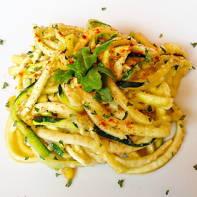 how to cook zucchini squash noodles